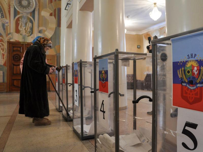 Bild zu Stimmabgabe in Luhansk