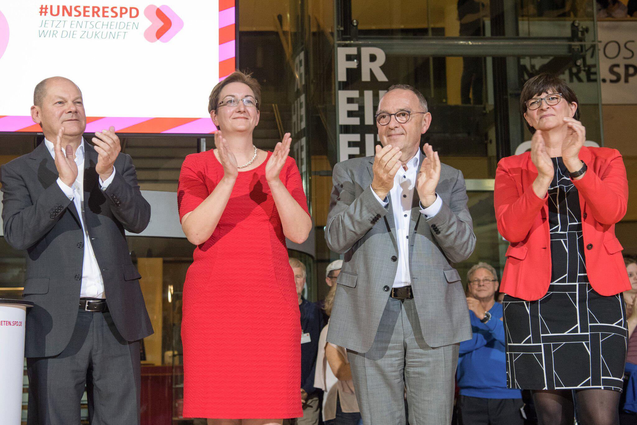 Bild zu Ergebnis des SPD-Mitgliedervotums wird verkündet