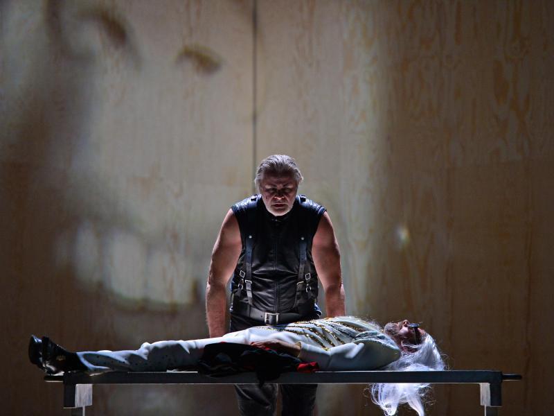 Bild zu Faust II