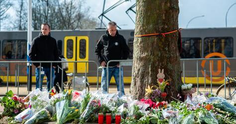 Trauer nach Anschlag in Straßenbahn in Utrecht