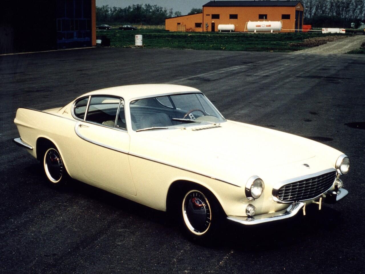 Bild zu Volvo P1800