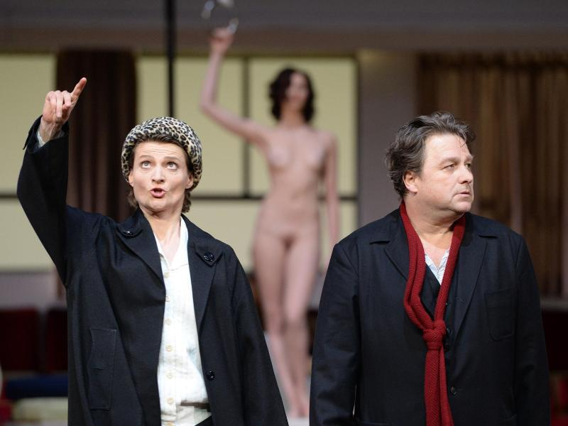 """Bild zu Opern-Neuinszenierung """"Hoffmanns Erzählungen"""""""