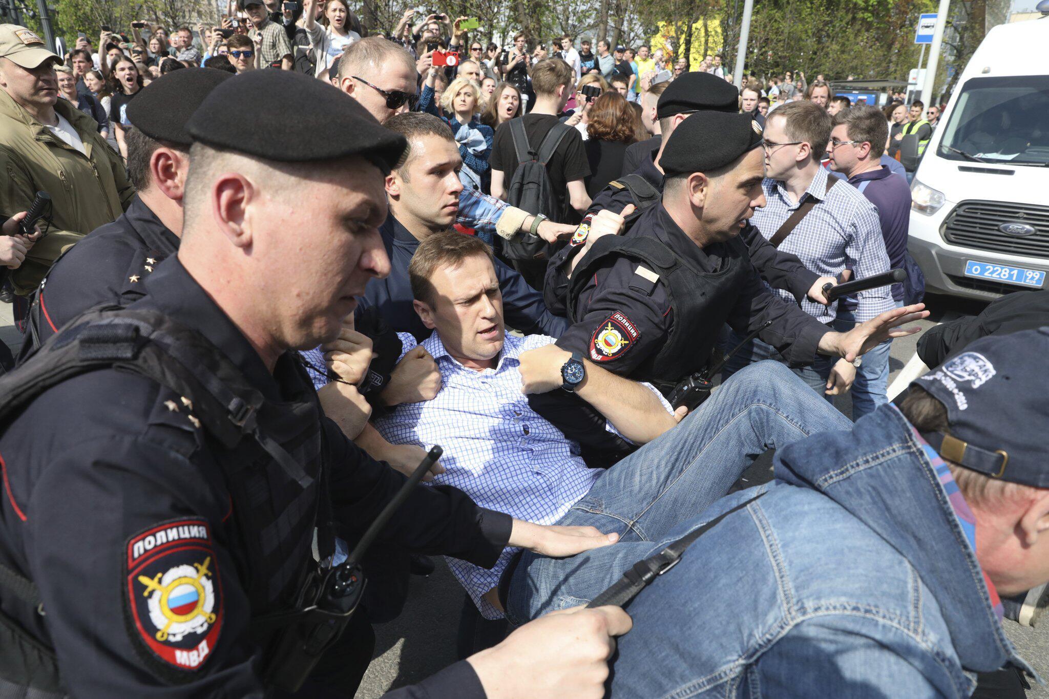 Bild zu Oppositionspolitiker Nawalny in Moskau festgenommen