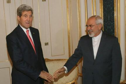 Handshake in Wien