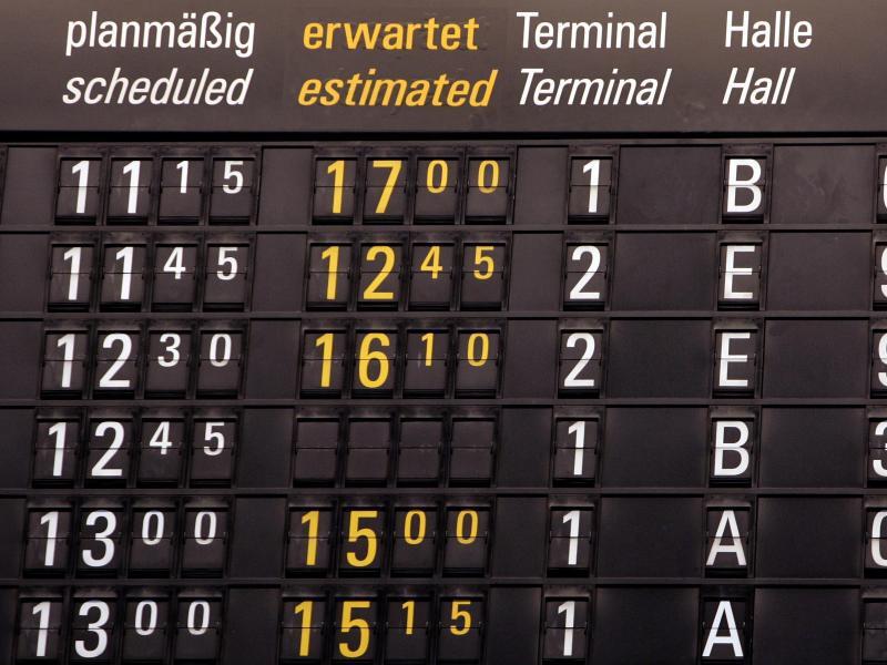 Bild zu Anzeigentafel für Abflüge